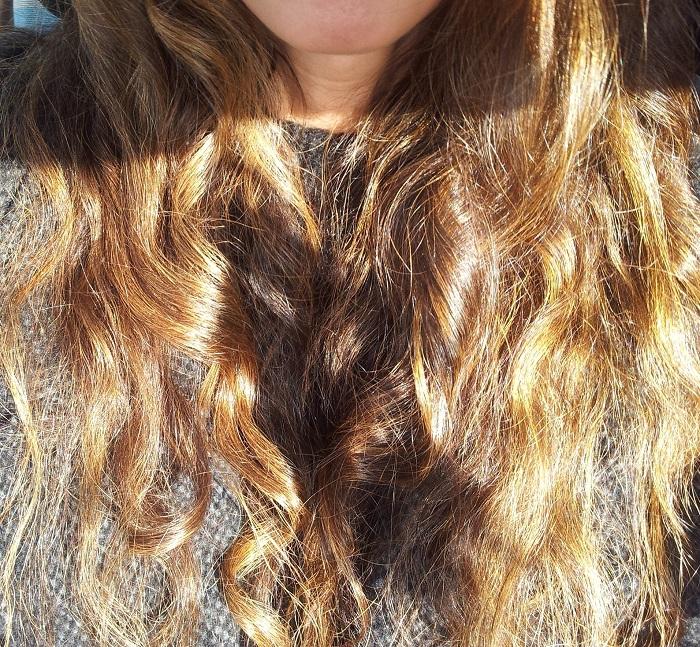 lush,henné,marron,caca,cheveux longs,au soleil