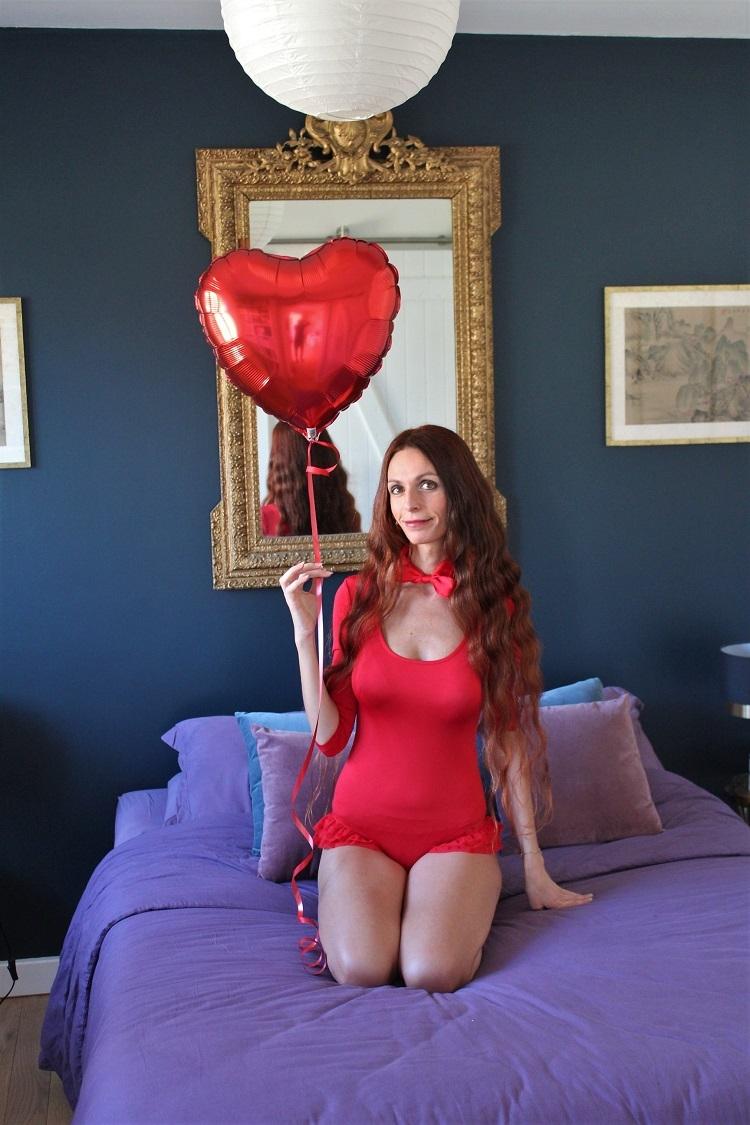 saint valentin,valentine's day,tenue de saint valentin,blog au pays de candy,blog mode,blog mode au pays de candy,blog mode montpellier,blog montpellier,blog palavas,fille en lingerie,femme lingerie,playmate