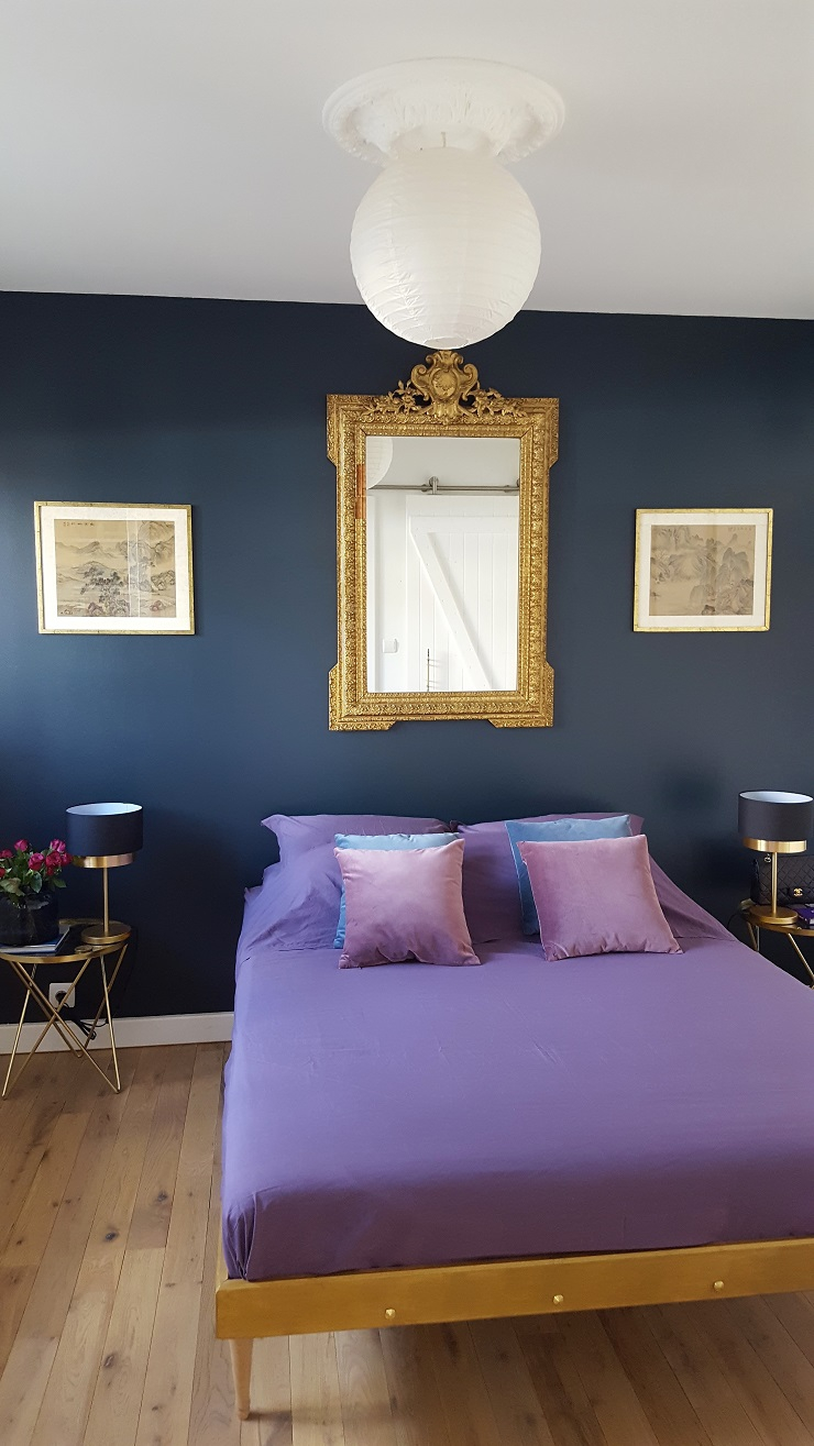 deco mur bleu canard simple la couleur taupe sur un seul mur du salon derrire le canap un gris. Black Bedroom Furniture Sets. Home Design Ideas