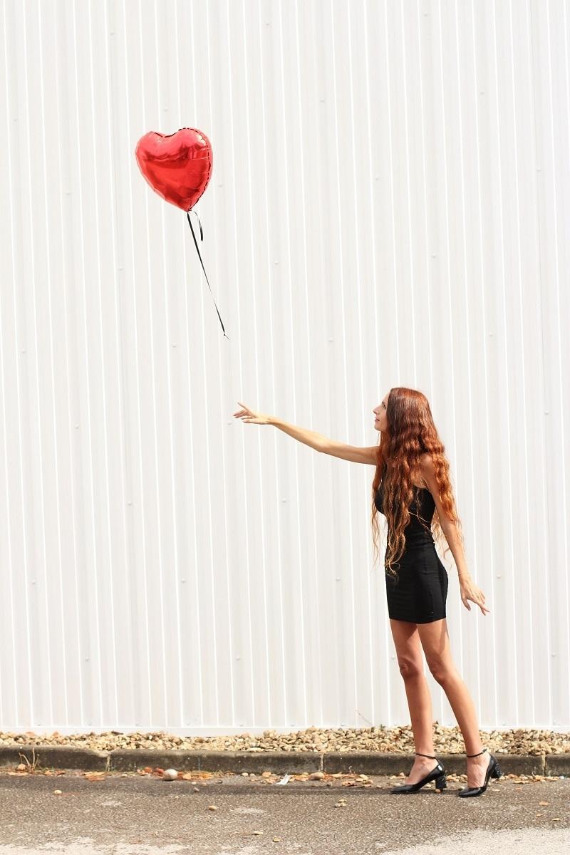 banksy,la petite fille au ballon,la petite fille au ballon rouge,art,la fille au ballon,la fille au ballon rouge